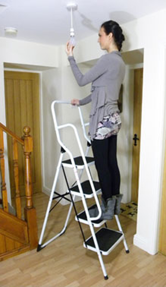 4 Step Ladder With Safety Rail Ladders Steps